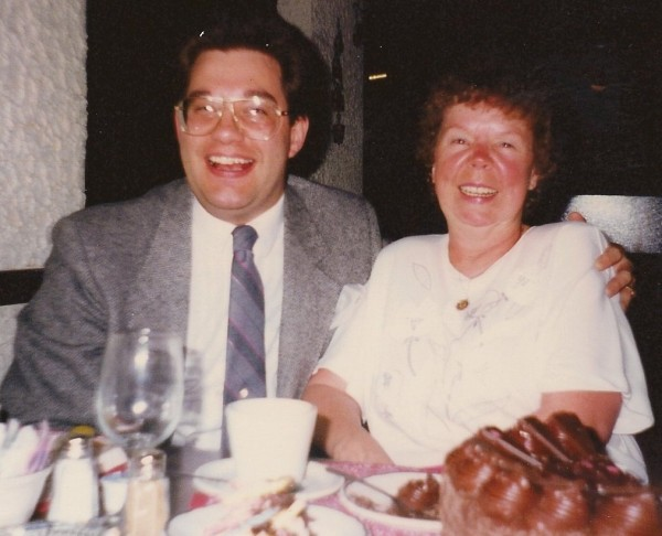 William Land, Mary Land Mom's birthday: Either 1989 or 1990